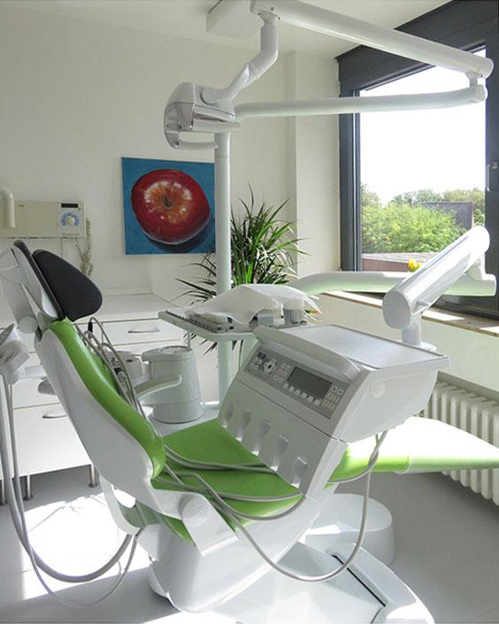 Einrichtung - Praxis für ästhetische Zahnheilkunde & Kieferorthopädie Dr.med.dent. Verena Noack in 41460 Neuss